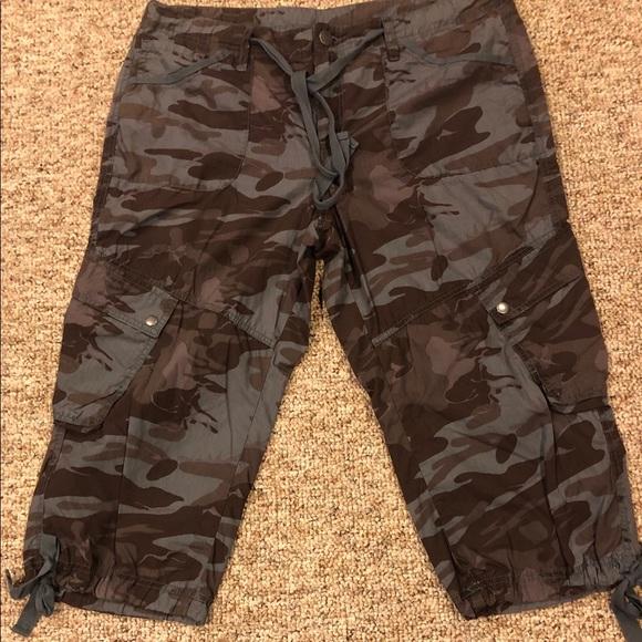 LONDONJEAN Pants - Crop Cargo Pant